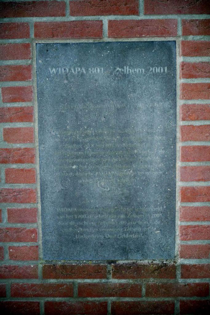 36 Ludger Widapa monument